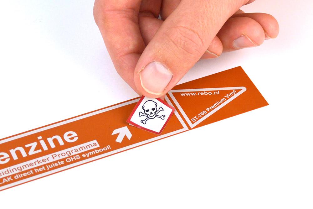 Leidingmarkering van hoogwaardige kwaliteit print u gemakkelijk en snel met onze industriële labelprinters. Het identificeren van uw leidingen wordt tevens nog eenvoudiger wanneer u onze unieke leidingmerker-software gebruikt. Vraag ons gerust naar de mogelijkheden!